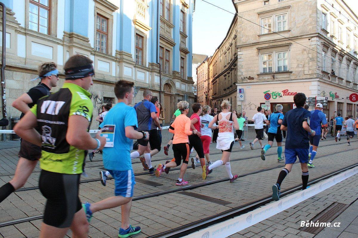 Trénink na půlmaraton (mírně pokročilí) + běžecký plán