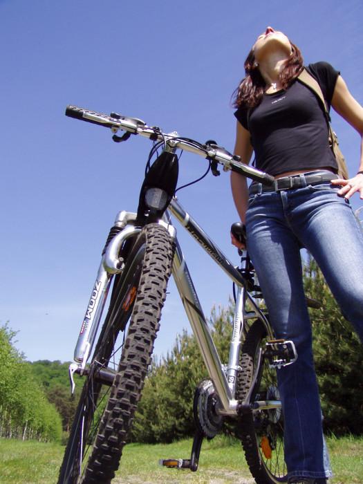 Tipy pro efektivní a bezpečnou jízdu na kole: za hubnutím a přírodou