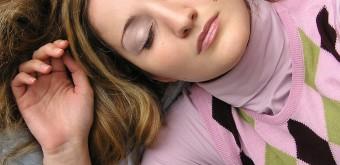 Za extrémní únavu po běhu může i nedostatek spánku