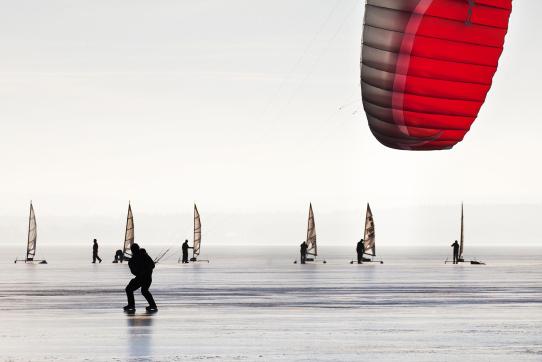 LIPNO ICE MARATHON - možnost svést se na kitu