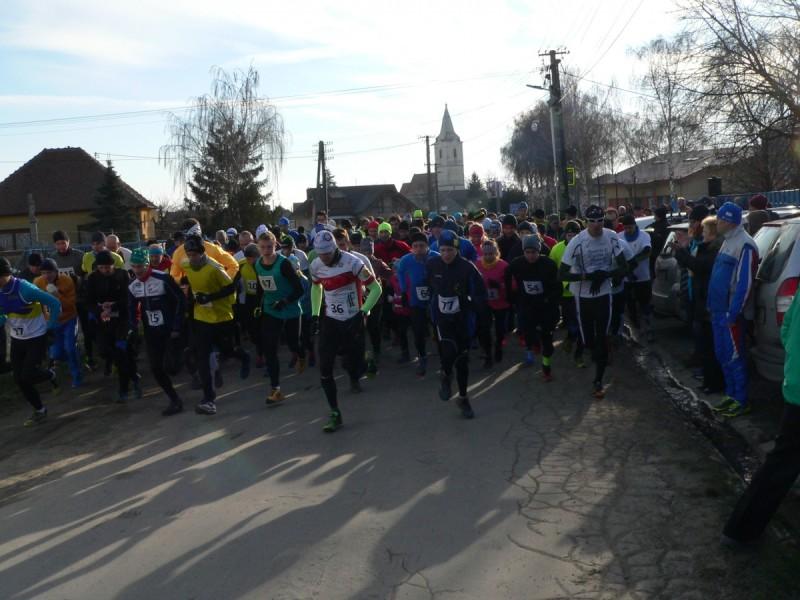 44. ročník Silvestrovského krosu v Dolných Orešanoch 2015