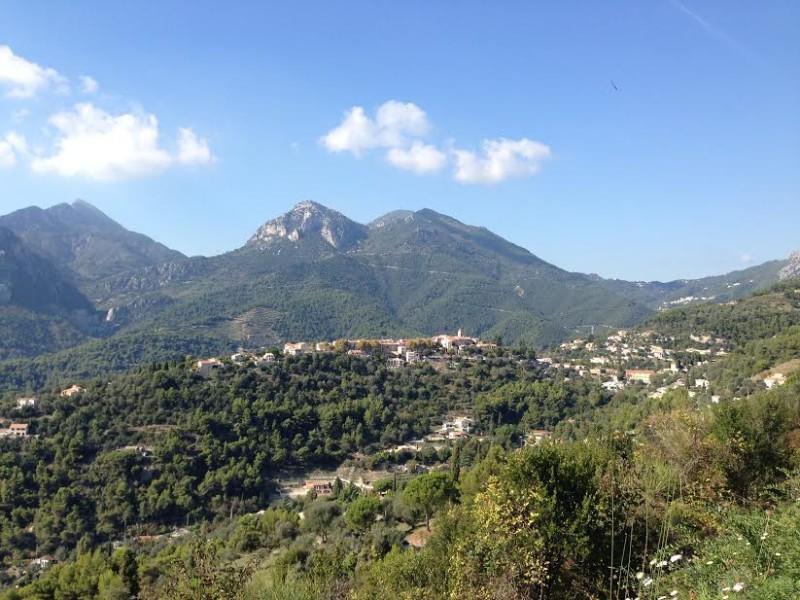 Trasa na Azurovém pobřeží: Od hladiny moře k nejvýše postavené vesničce