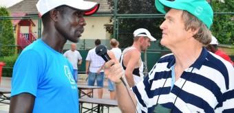 1. Trebatický rekord na súčasnej desaťkilometrovej trati drží popredný kenský reprezentant Charles Cheruiyot Torotich.