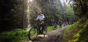 Rodinný závod na kolech přes národní park