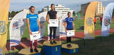2. Prekážkový beh na 400 metrov ozdobil domácu Peškovú.