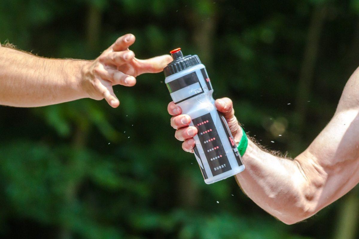 pitný režim - běh - správná hydratace