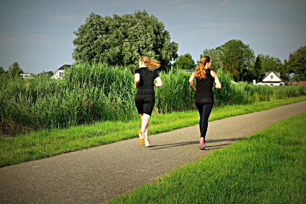 5 nejčastějších potíží běžců aneb Proč Vás bolí hlava nebo břicho?
