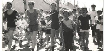 K nepoddajným vytrvalcom z bratislavskej vojenskej politickej akadémie sa po trase pridávali bežci rôzneho veku aj výkonnosti.