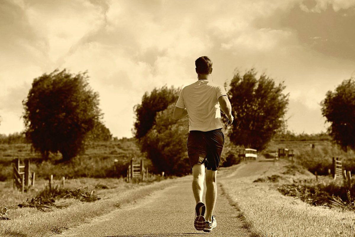 Chcete začít pravidelně běhat? Jaro je pro běh nejlepším obdobím.
