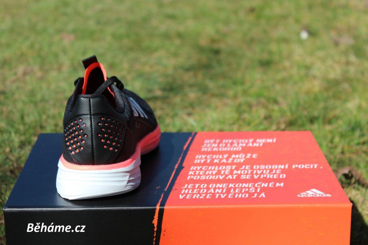 Běžecké boty Adidas SL20